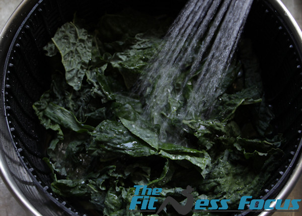 salad-spinning-kale